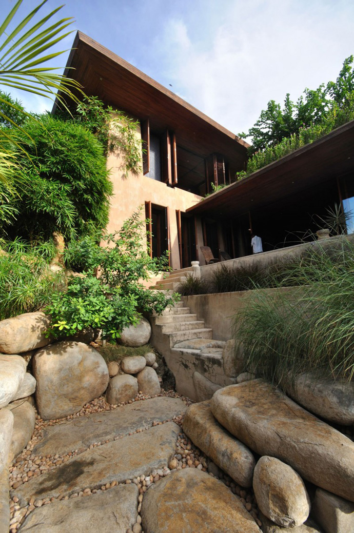 house contemporary with nature in india (10)
