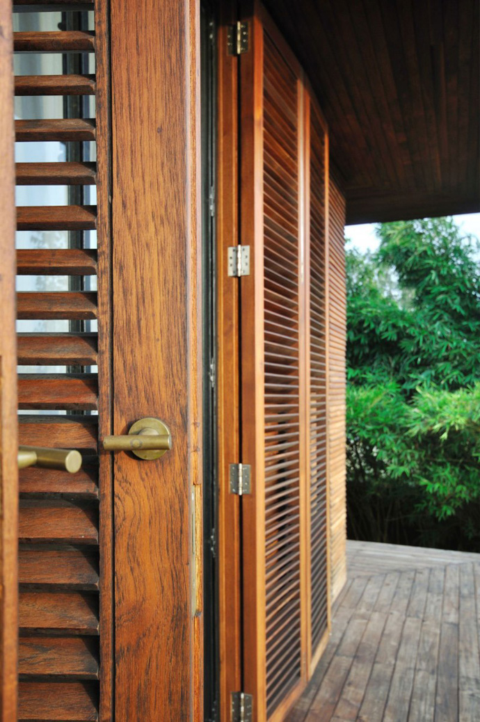 house contemporary with nature in india (9)