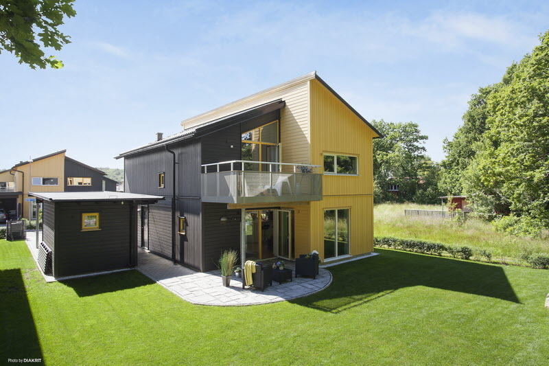 house in sweden wooden contemporary yellow black (20)