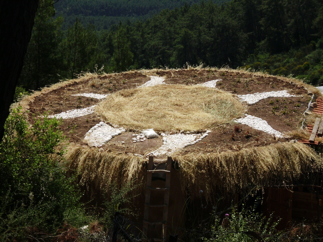how to build mud house (16)