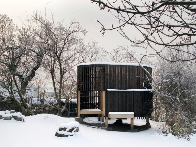 japanese tea house in the garden (10)