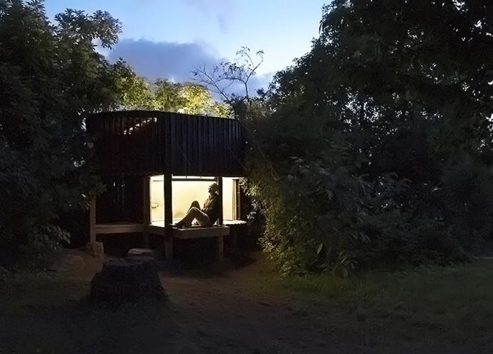 japanese tea house in the garden (5)
