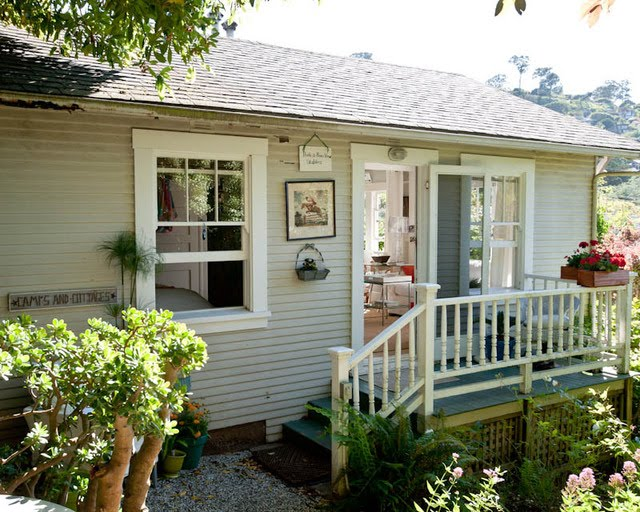 medium cottage house country vintage style (17)