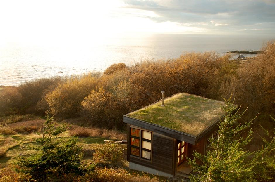mini contemporary cottage ocean view (3)