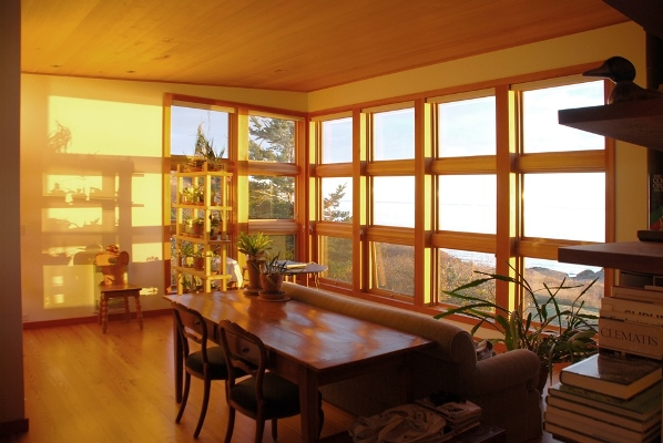 mini contemporary cottage ocean view (5)