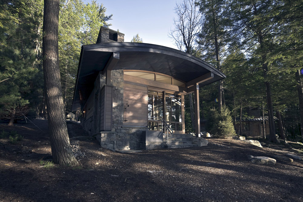 modern cabin in the wood (1)