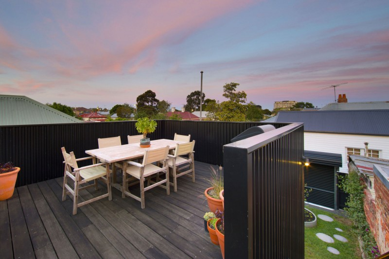 modern contemporary city house in victoria australia (1)
