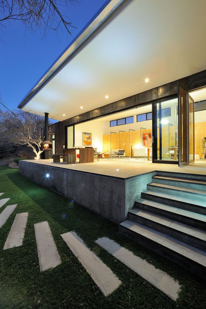 modern contemporary concrete house in namibia (4)