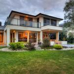 แบบบ้านเดี่ยวสองชั้น 4 ห้องนอน ออกแบบดูสง่างาม ให้ความสุขทุกครอบครัว