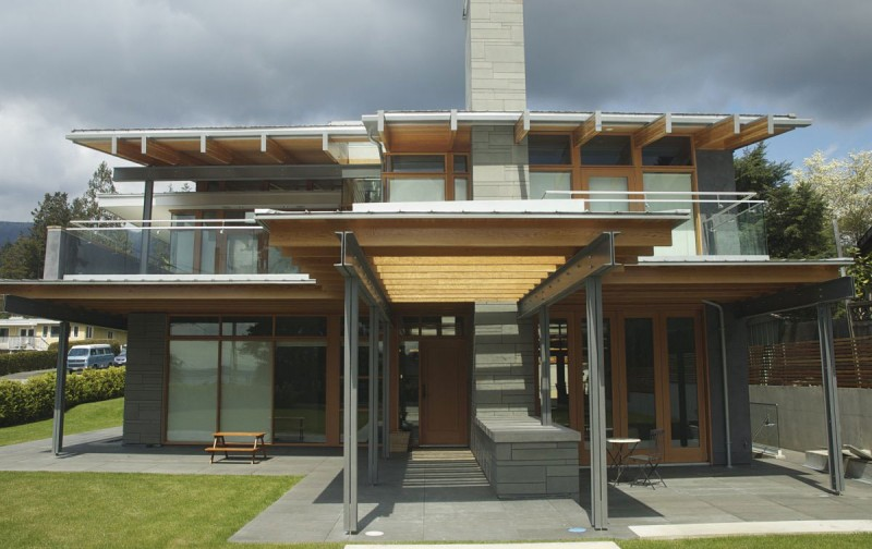 modern contemporary large house in canada (8)