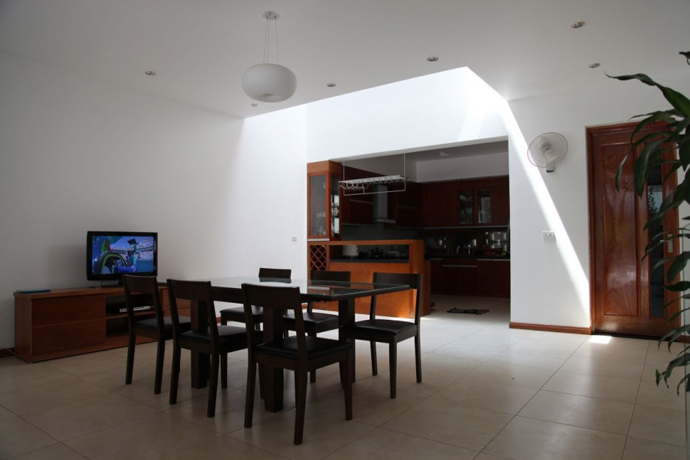 modern contemporary townhouse in vietnam (1)
