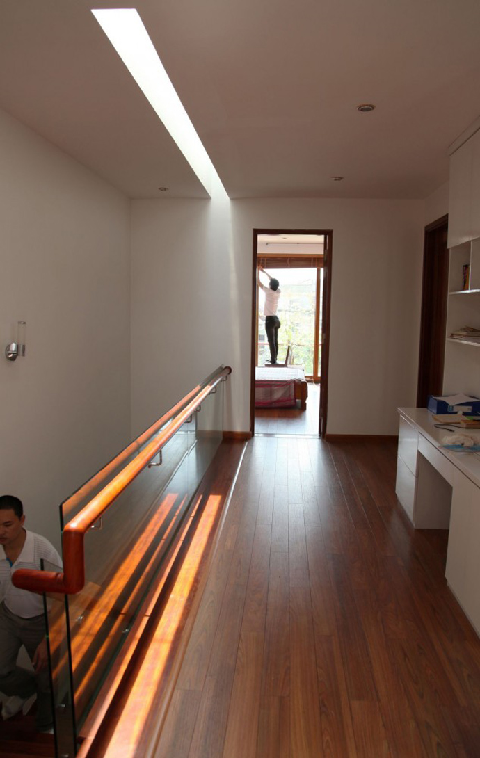 modern contemporary townhouse in vietnam (7)