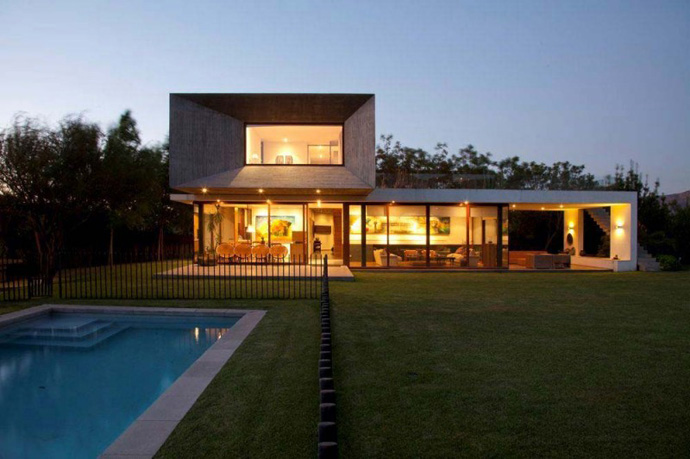 modern house in chile with cool design (4)