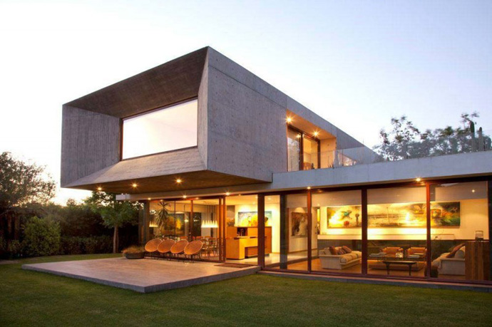 modern house in chile with cool design (5)