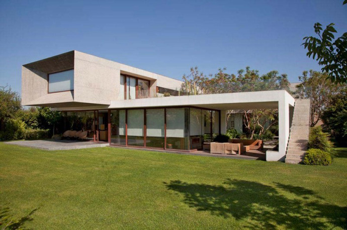 modern house in chile with cool design (9)