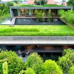 แบบบ้านสมัยใหม่ใจกลางเมือง ดึงความเป็นธรรมชาติสีเขียวมาใส่ในตัวบ้านดูงดงาม