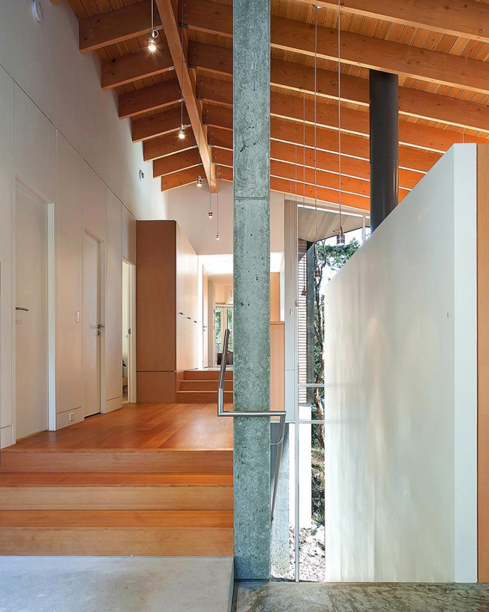 modern island house in canada (9)