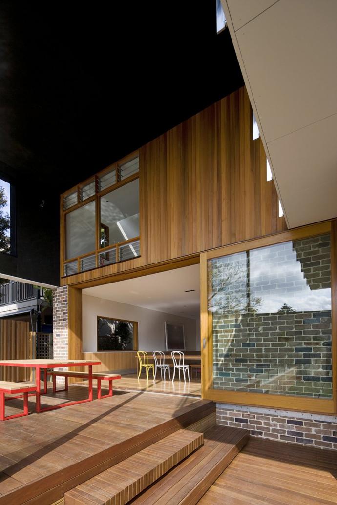 modern resident in sydney australia lawn swimming pool (16)