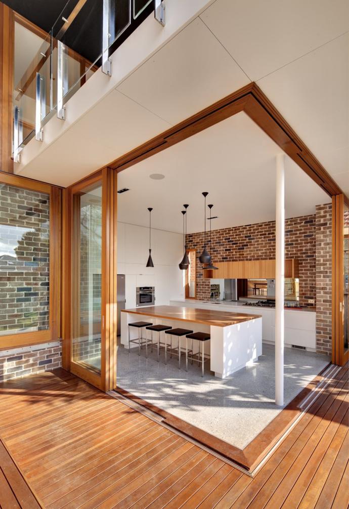modern resident in sydney australia lawn swimming pool (6)