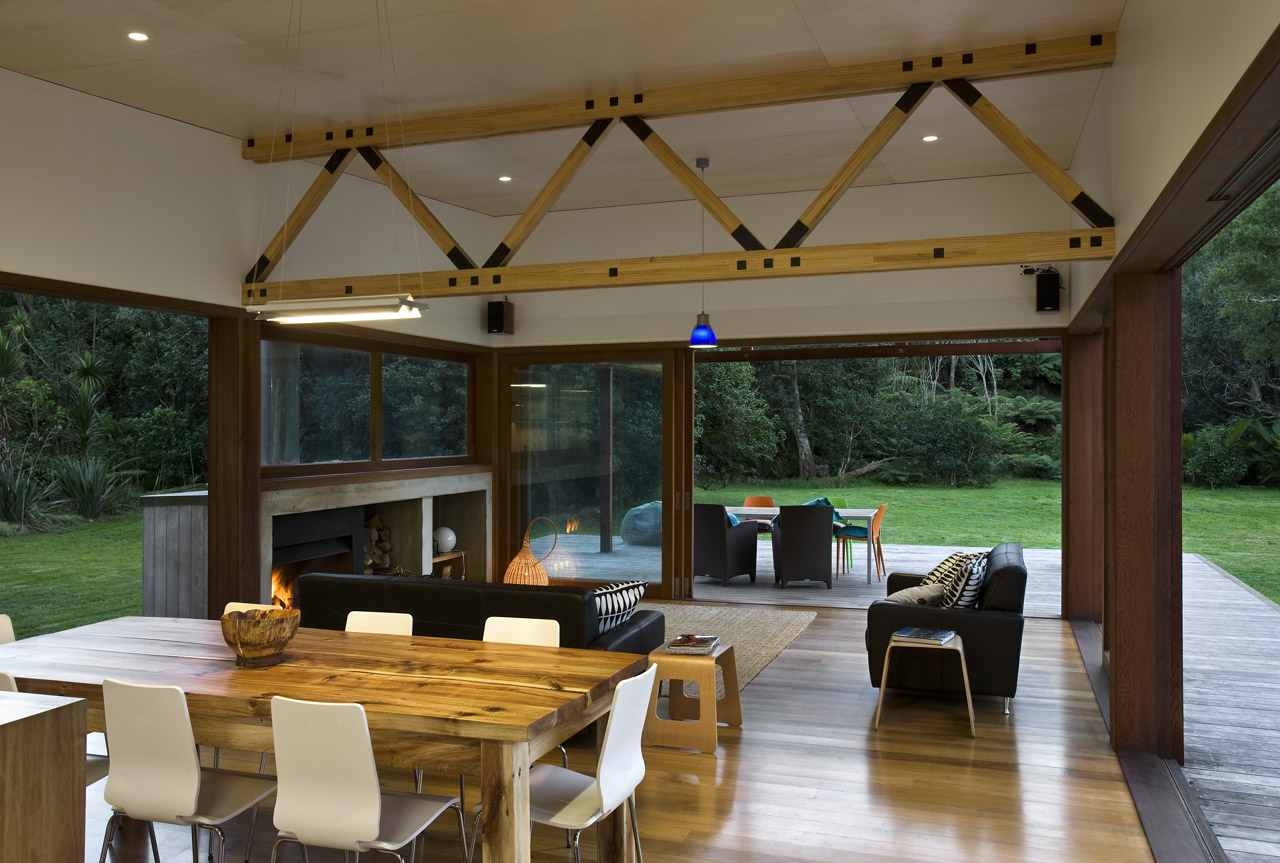modern wooden glass house solar cell in forest new zealand (1)