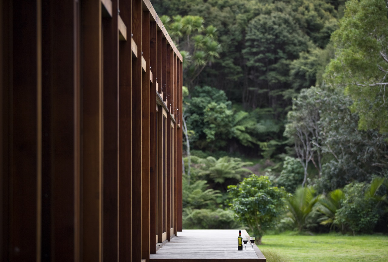 modern wooden glass house solar cell in forest new zealand (14)