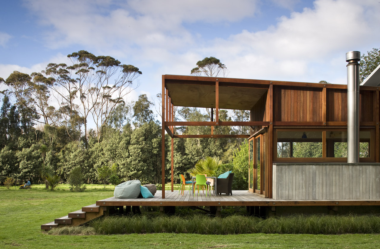 modern wooden glass house solar cell in forest new zealand (4)