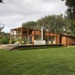 บ้านไม้สไตล์โมเดิร์น ออกแบบมีเอกลักษณ์ พร้อมแนวคิดรักษ์ธรรมชาติ-ประหยัดพลังงาน