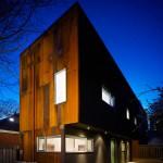 แปลงโฉมบ้านเก่าอายุ 120 ปีในแคนาดา ให้เป็นบ้านสไตล์ลอฟท์ ดูโปร่งสบายๆ