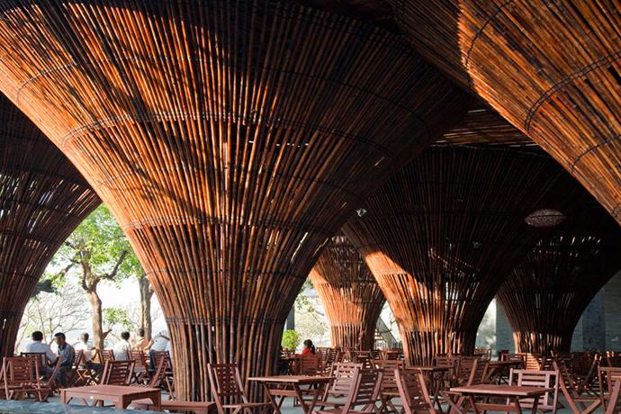 restayrant in vietnam wooden  (10)