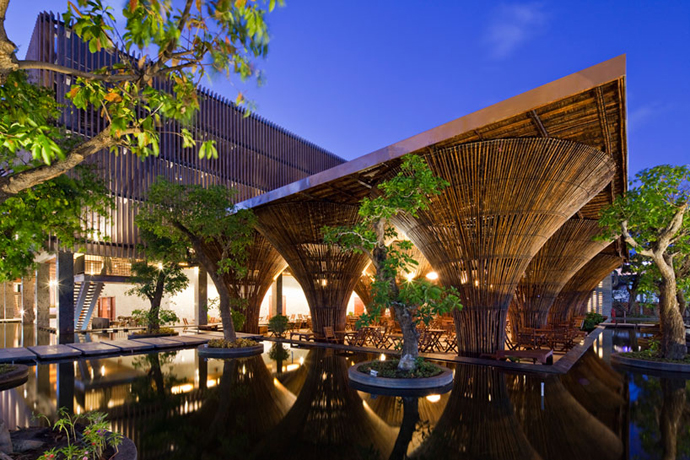 restayrant in vietnam wooden  (16)