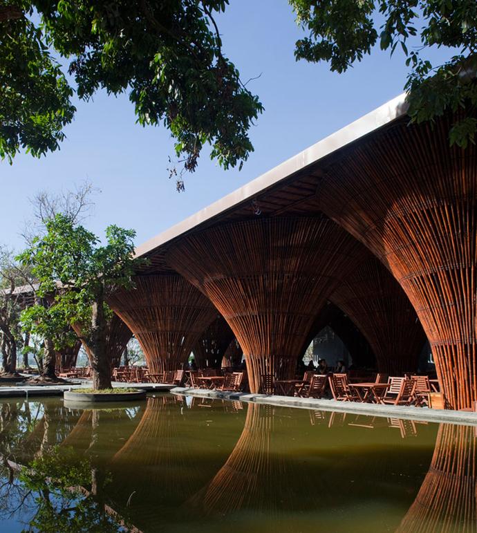 restayrant in vietnam wooden  (8)