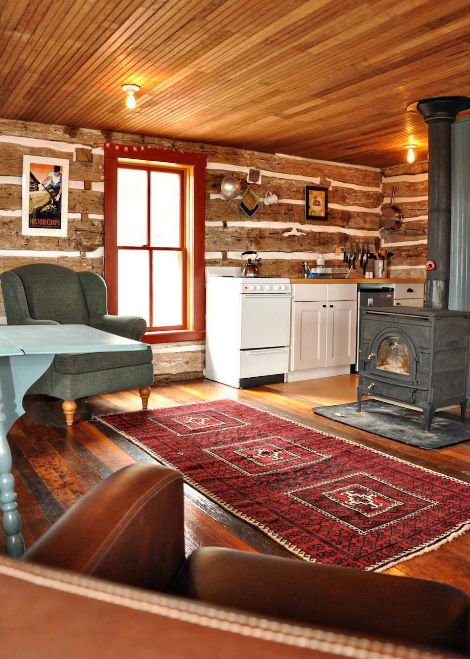 trout-river-log-cabin-2