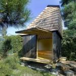 แบบบ้านกระท่อมไม้หลังคาสูง ออกแบบอย่างโดดเด่น กับแนวคิดประหยัดพลังงาน