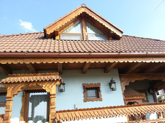 wooden decoration on house perfect idea (15)