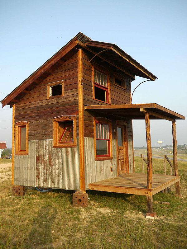 wooden house idea tiny cottage (10)