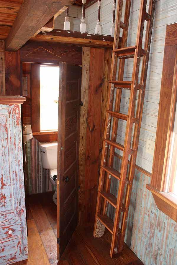 wooden house idea tiny cottage (13)