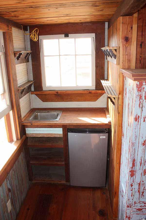 wooden house idea tiny cottage (8)