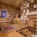 บ้านไม้สวยแหวกแนวจากญี่ปุ่น แปลงโฉมผนังบ้านทุกด้าน ให้เป็นช่องเก็บของจุกจิก