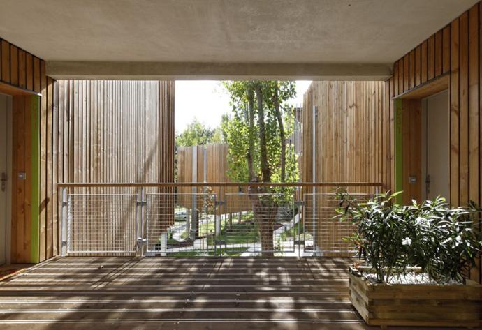 wooden mini garden housing in france (10)