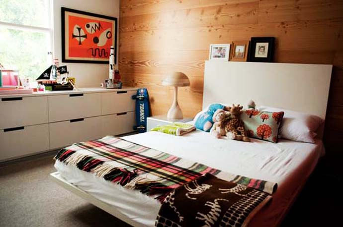 wooden wall interior decorating to warm your house (21)