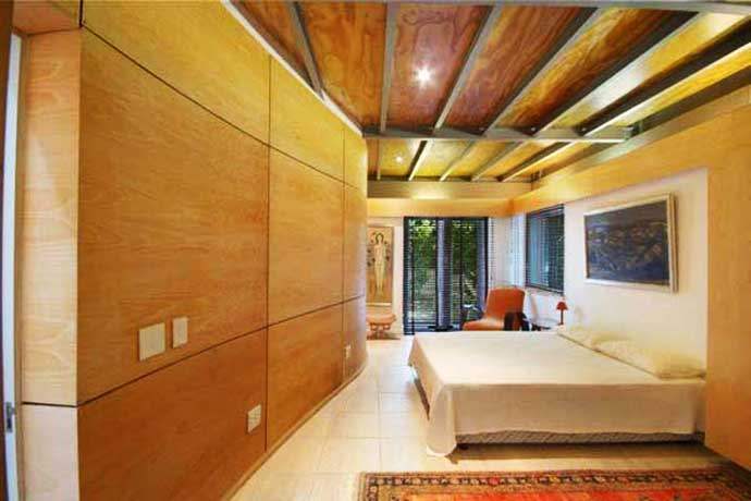 wooden wall interior decorating to warm your house (4)