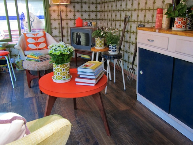 Signature-Garden-Shed-by-Orla-Kiely-4