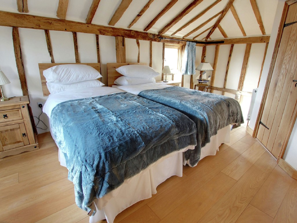 barn to house cottage country style wooden loft (10)