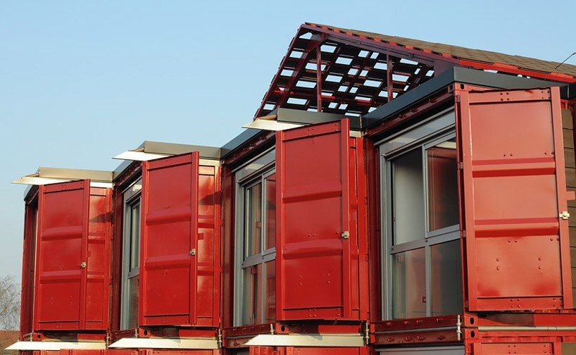 container house red vivid (10)