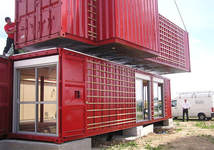 container house red vivid (8)