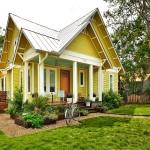 บ้านสองชั้นรูปแบบคันทรี ในบรรยากาศร่มรื่นเพลินตา กับชีวิตพักผ่อนสบายใจ