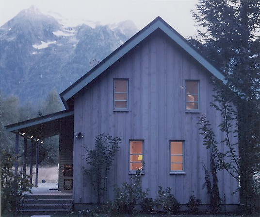 cottage house in nature (2)