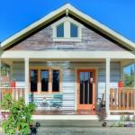 บ้านชั้นเดียวรูปทรงคอทเทจ ออกแบบดูอบอุ่นเรียบง่าย ในงบประมาณไม่เกินล้าน