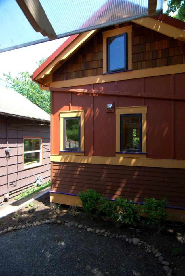 cottage wood house for live with nature (9)