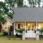 บ้านกระท่อมสองชั้น ออกแบบแนวยูโรเปี้ยนคอทเทจ ให้อารมณ์สวยงามดั้งเดิม